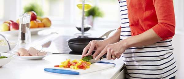 1467947781-8660-food-preparation-for-dogs1